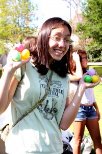 Girl_Holding_Eggs_Web